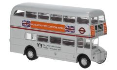 Brekina 61105 H0 AEC Routemaster zilver 'Woolworth welcomes the world'